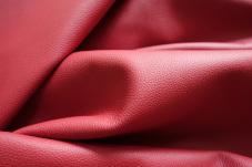 Rote Leder