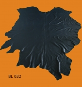 Rindleder, 5,12 m², ganze Haut, vegetabil, 1,1 mm Stärke, dunkelblau, pflanzlich gegerbt
