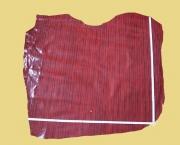 Täschnerleder rot gestreift, zugfest, 0,78 m², Rindleder, feine Schlangenprägung