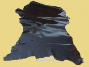 Täschnerleder, Lackleder, schwarz mit metallischem Schimmer, 0,57-0,88 m² zugfest
